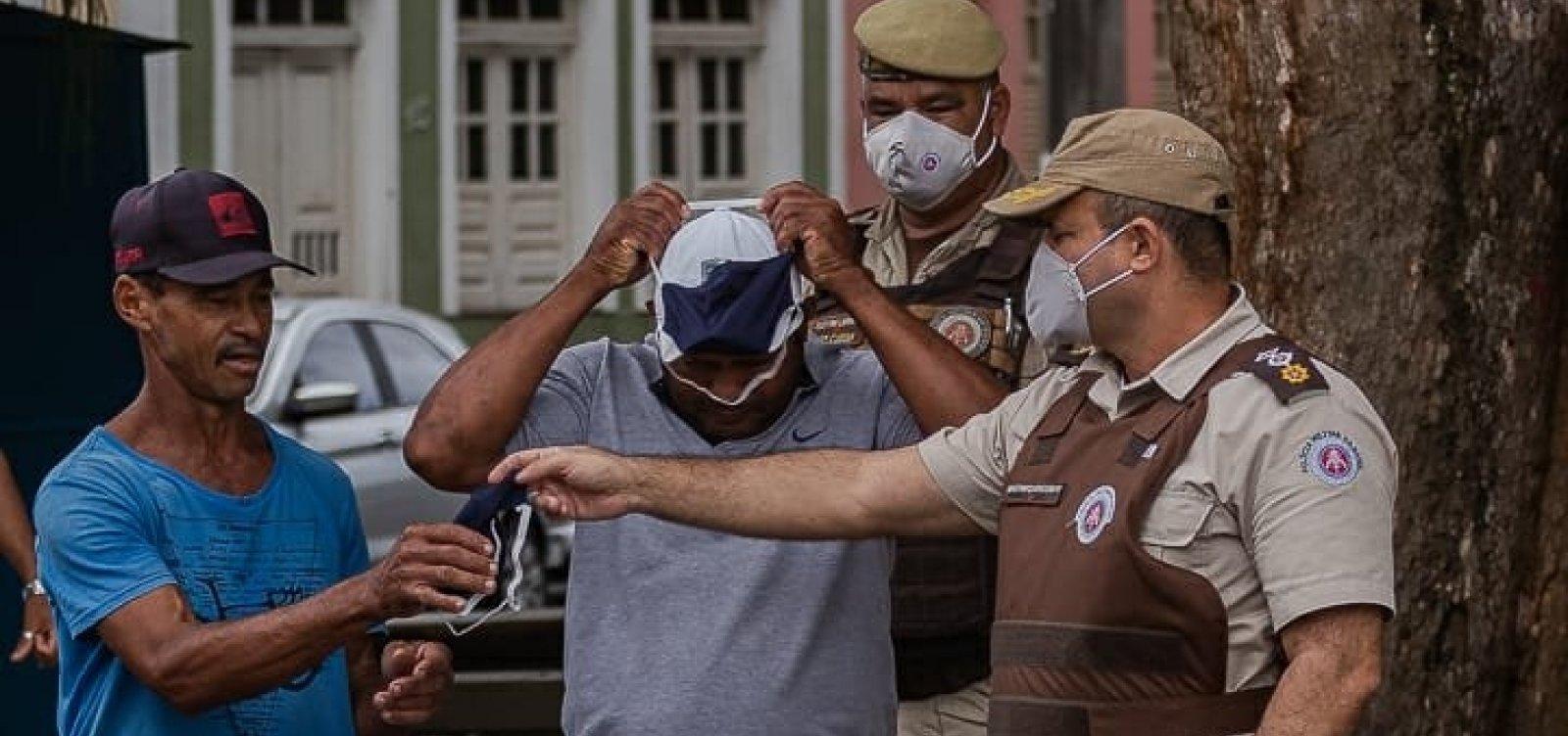 [PM's são orientados a usar máscaras, manter vidros das viaturas abertos e outras medidas contra Covid-19]