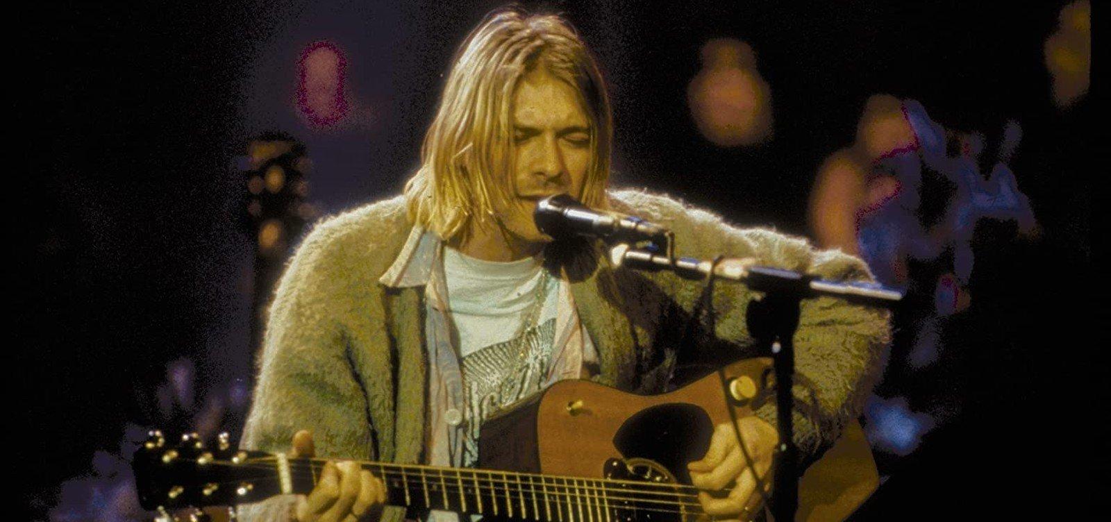 [Violão de Kurt Cobain será leiloado com lance inicial de US$ 1 milhão ]