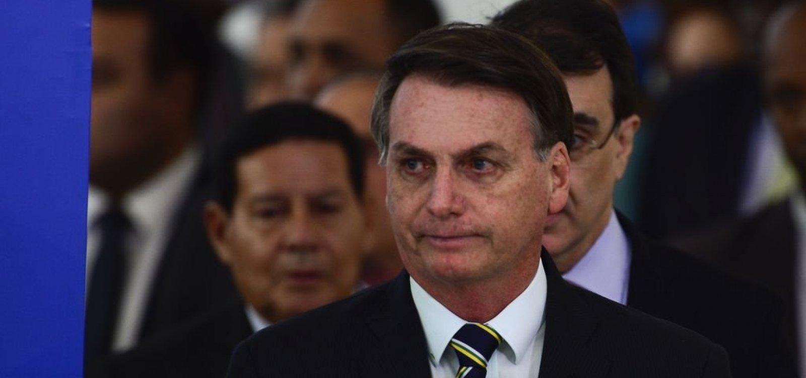 [Bolsonaro deve vetar auxílio de R$ 600 para manicures e barbeiros]