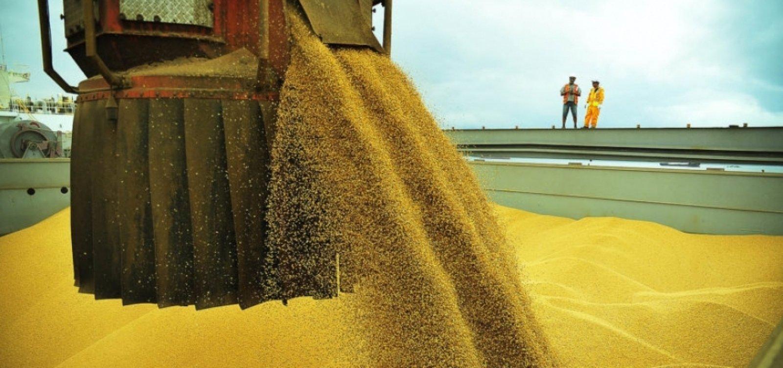 [China troca Brasil por EUA na compra de 1 milhão de toneladas de soja]
