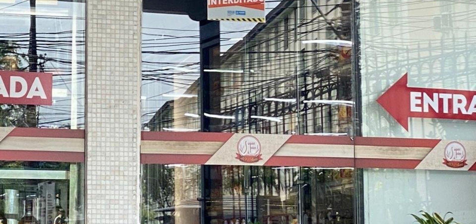[Prefeitura interdita 52 estabelecimentos na Pituba por descumprir decreto]