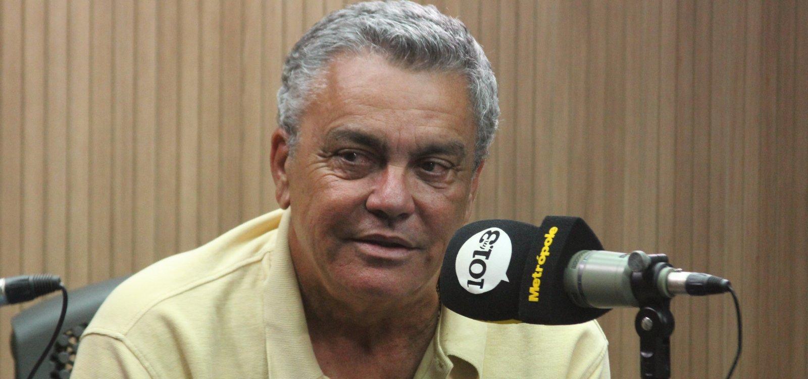 [Vitória apresenta protocolo de retorno aos treinos e presidente critica Bolsonaro: 'Tinha que internar']