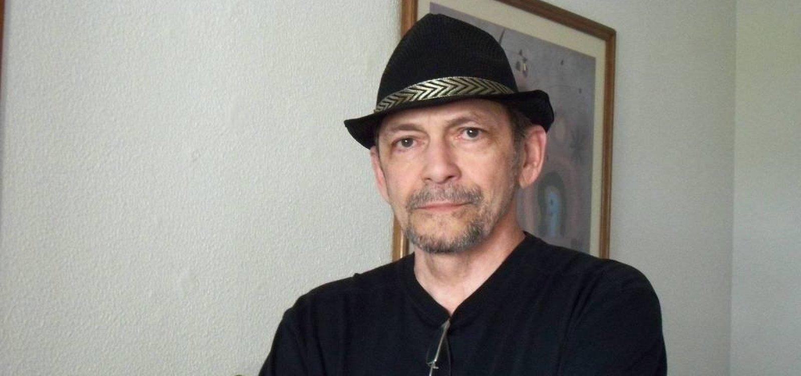 [Morre jornalista e escritor Luiz Maklouf Carvalho aos 67 anos]