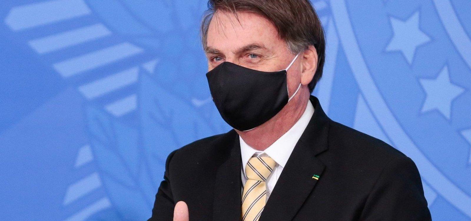 [Bolsonaro indica a aliados que pode demorar para escolher novo ministro da Saúde, diz coluna]