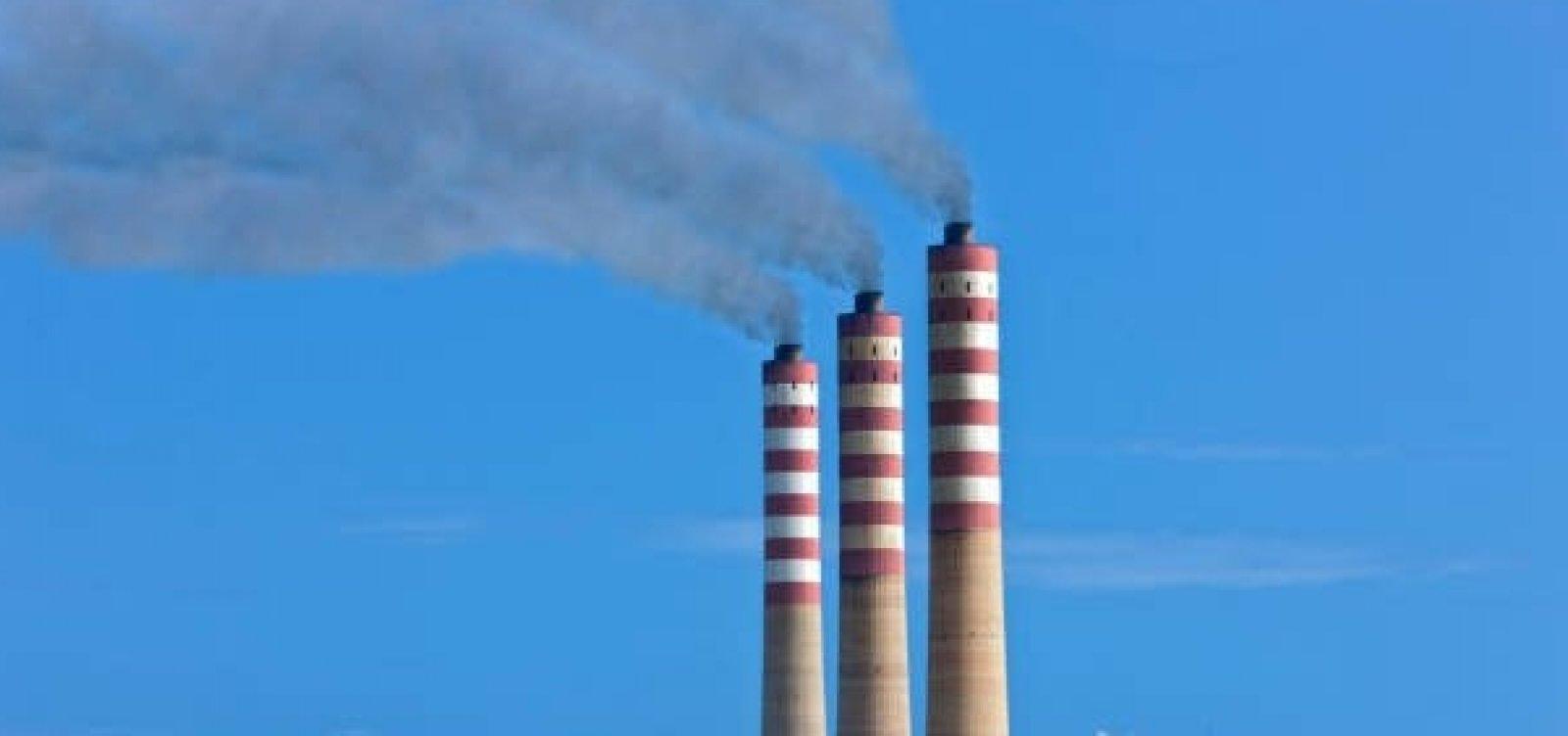 [Emissões do aquecimento global caem em 17% durante pandemia]