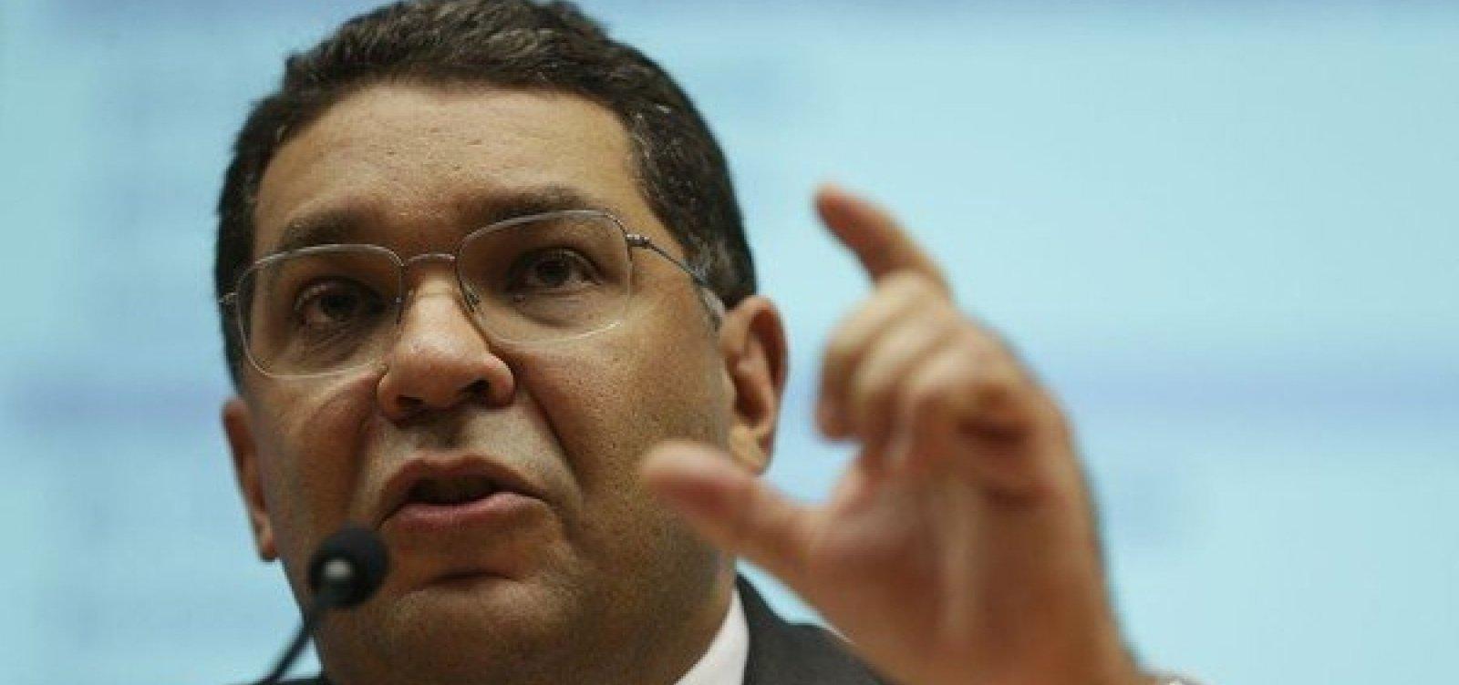 [Imposto sobre transação tem que ser debatido, diz secretário do Tesouro Nacional]