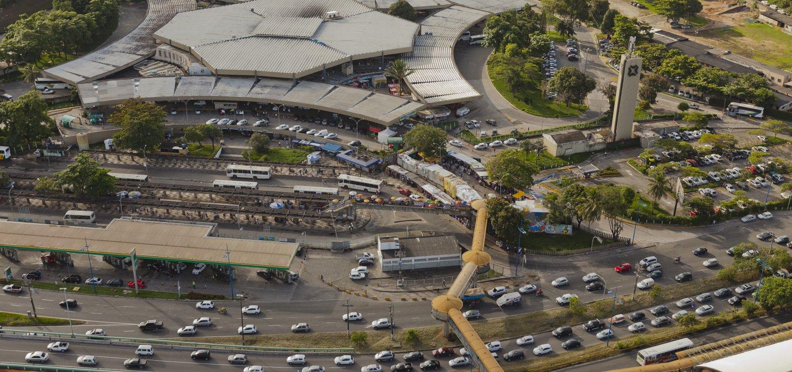 [Mais 11 cidades baianas têm transporte suspenso; total chega a 182]