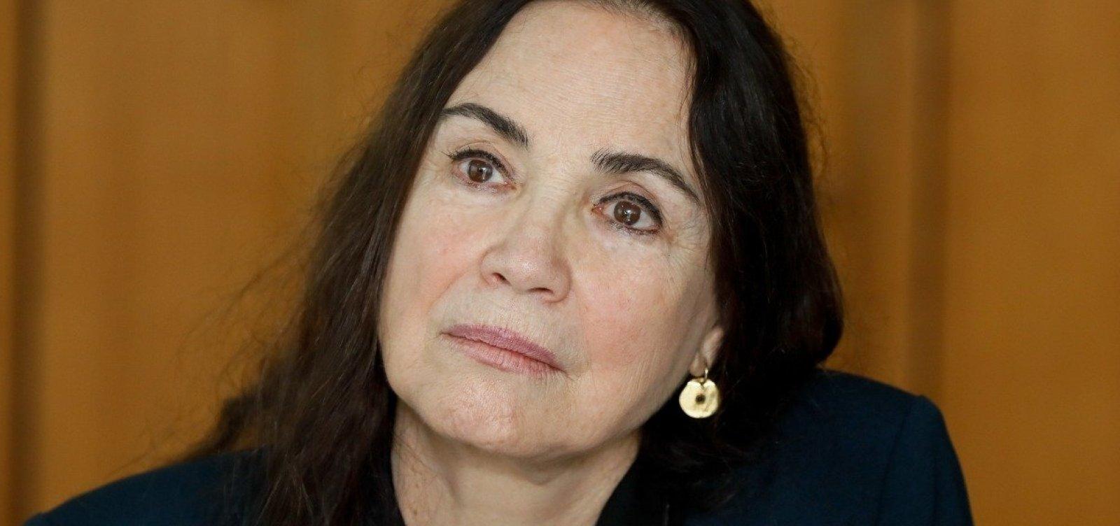 [Regina Duarte deixa secretaria de Cultura e assume posto federal em SP]