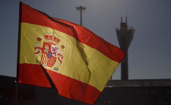 [Espanha anuncia reabertura do país para turistas e retorno de campeonato nacional de futebol]