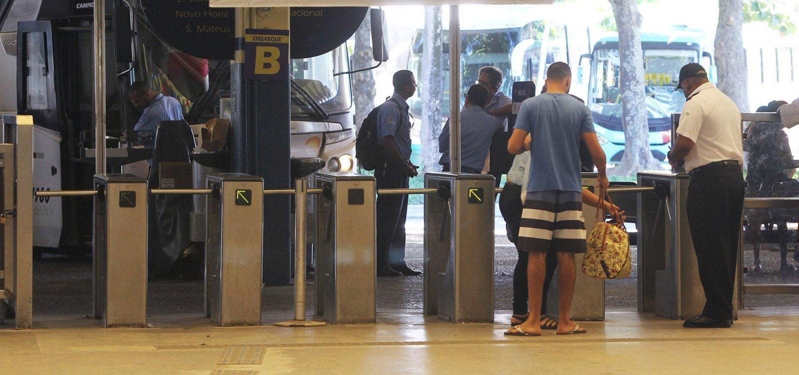 [Mais sete cidades baianas adotam suspensão de transporte intermunicipal]