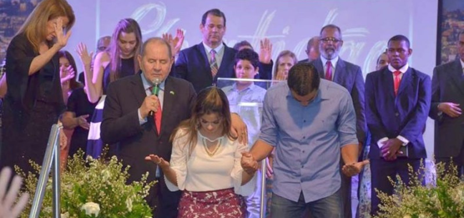 [Vereadora pede regulamentação de cultos online em Salvador]
