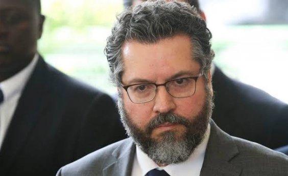 [Ministro diz que presidente dos EUA determinou doação de mil respiradores para o Brasil]