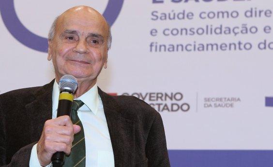 [Drauzio Varella critica lobby pela cloroquina e vê SUS fortalecido após pandemia]