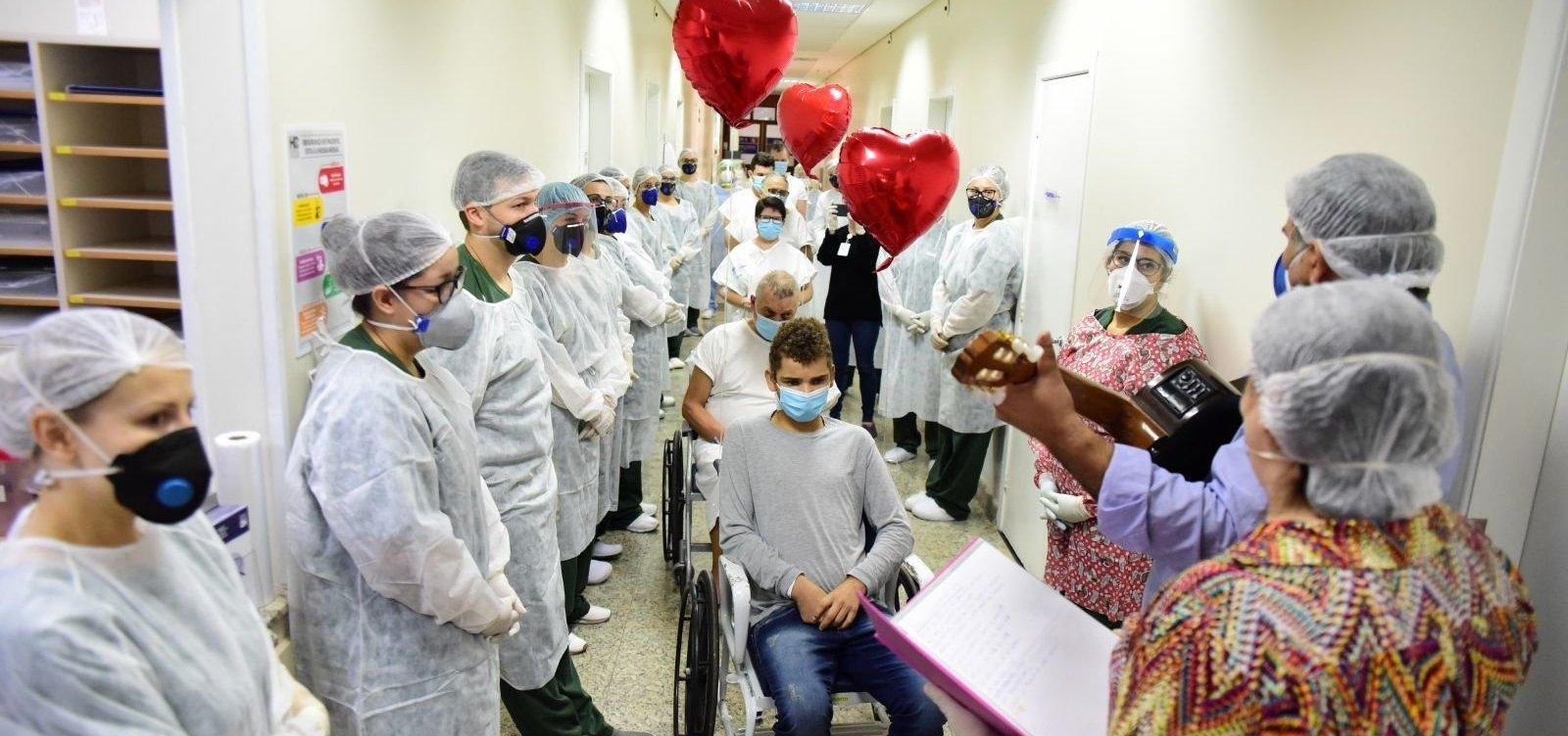 [Brasil é quarto país com mais curados do coronavírus no mundo]