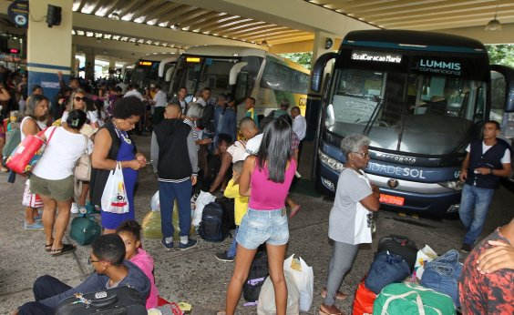 [Bahia tem mais da metade dos municípios com transporte suspenso]