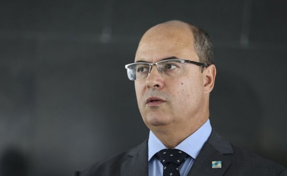 [Witzel diz que Flávio Bolsonaro deveria estar preso e acusa Bolsonaro de fascismo]