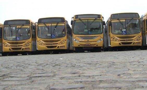 [Com feriado antecipado, Salvador reduz em 82% número de passageiros no transporte público ]