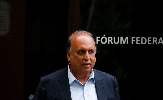 [Polícia faz busca em endereço do ex-governador Pezão no Rio de Janeiro]