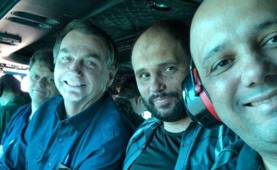 [De helicóptero, Bolsonaro visita cidade goiana para comer em lanchonete]