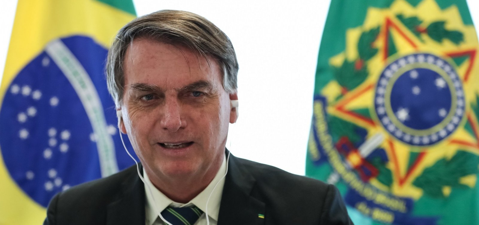 [Frase de Bolsonaro sobre dar armas à população é rejeitada por 72%]