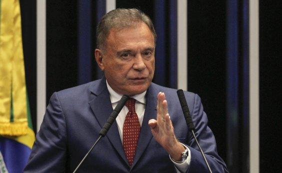 [Álvaro Dias critica tom 'provocador' de Bolsonaro e avalia gestão de Moro]