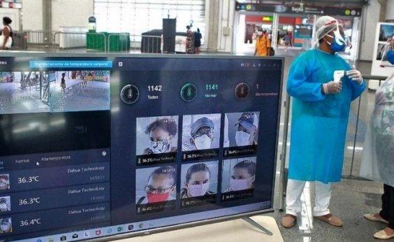 [Câmeras do metrô detectam 60 pessoas com febre e mulher tem diagnóstico positivo para Covid-19]