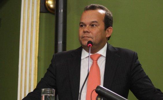 [Presidente Câmara de Salvador tem agenda do telefone clonada]