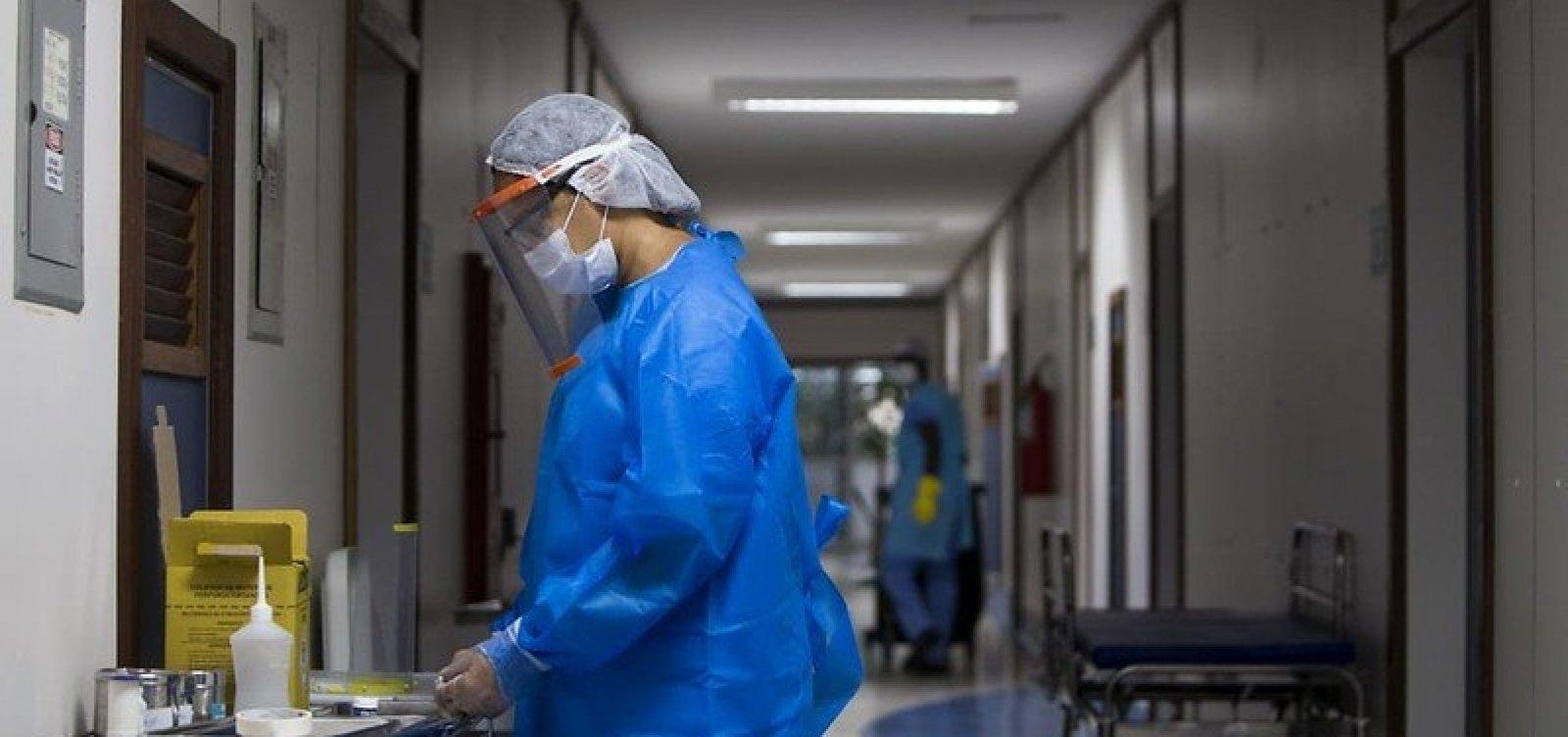[Bahia registra 2.956 novos casos de coronavírus; total de mortes chega a 819]