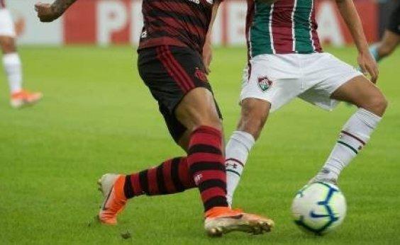 [Governo do RJ autoriza retomada do futebol sem público no estado]
