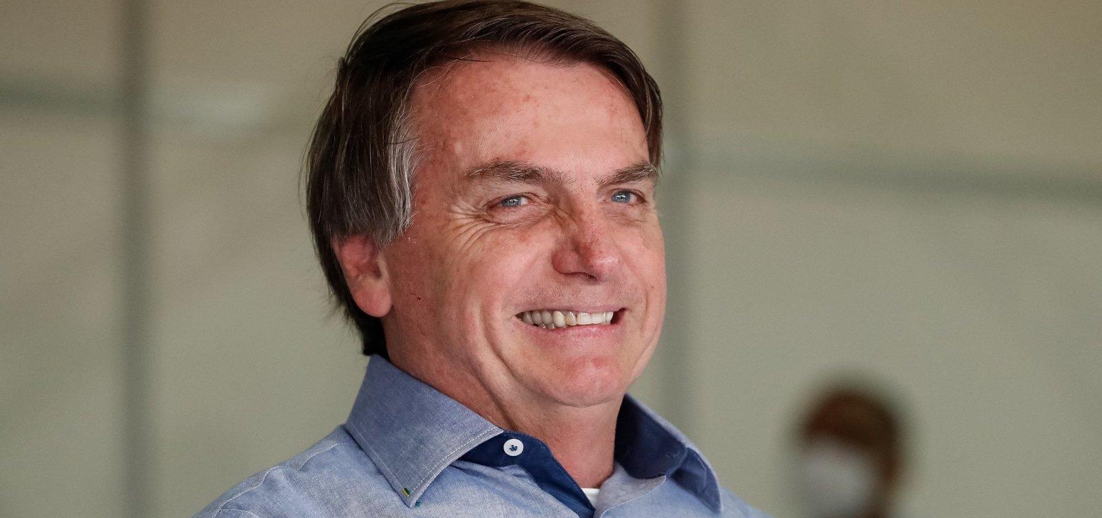 ['Não vamos correr para atender a Globo, a TV Funerária', diz Bolsonaro sobre atraso em boletins]