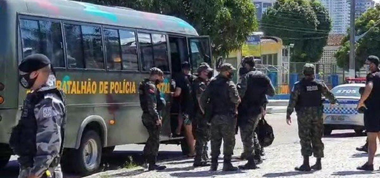 [Mais de 100 manifestantes são presos por aglomeração em manifestação pela democracia em Belém ]