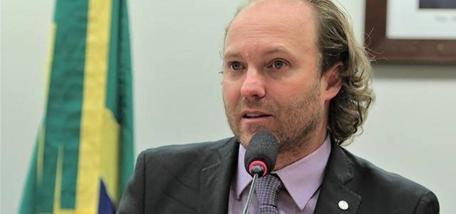 [Deputado diz que base da Projeto Tamar na Bahia fechou por falta de dinheiro]