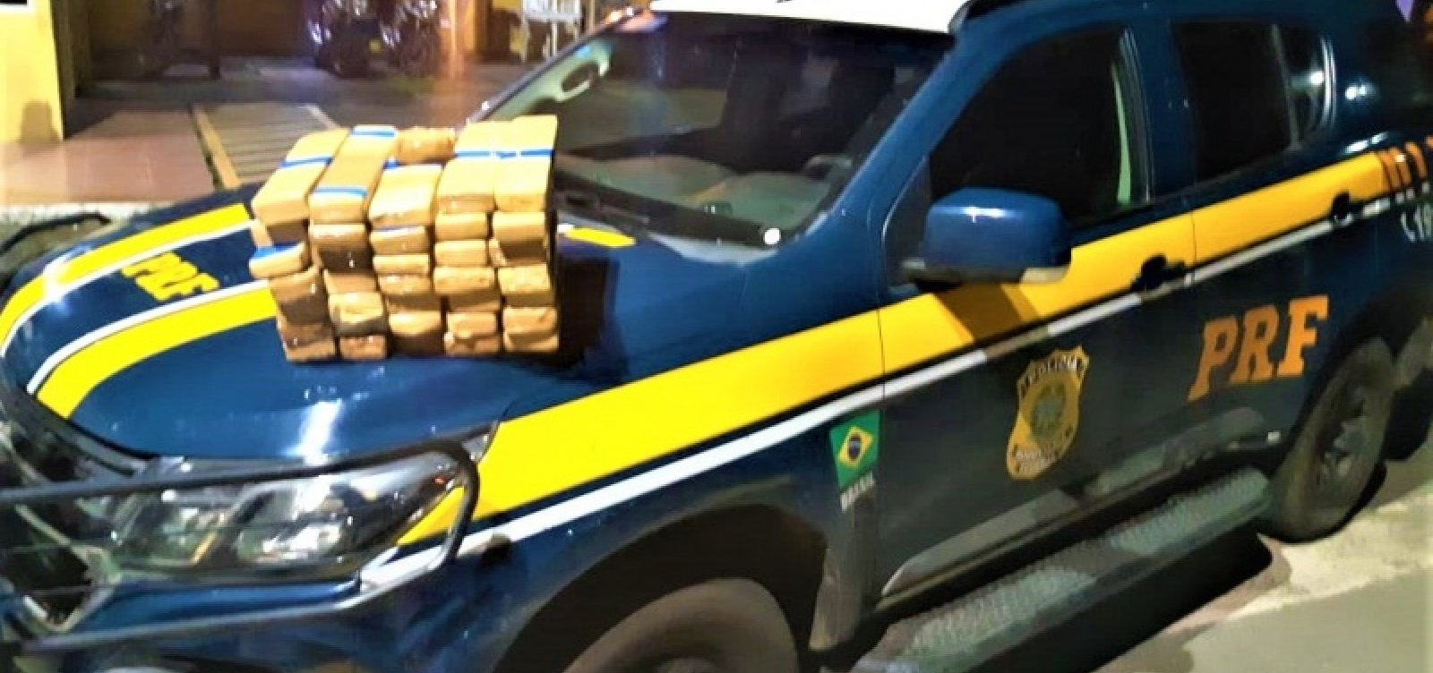 [Casal é preso em Itabuna com 30kg de maconha escondidos em porta-malas]