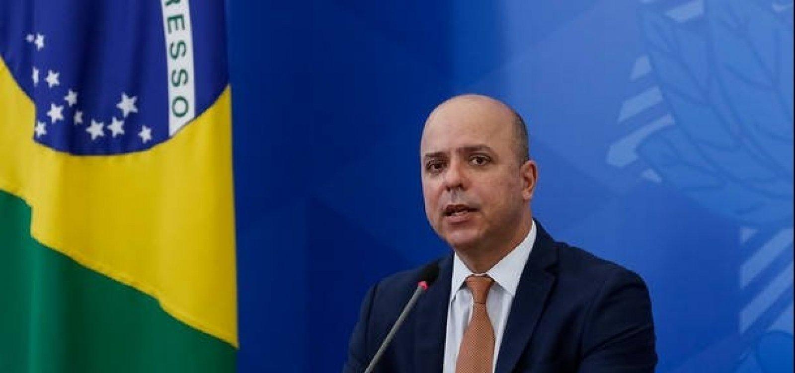 [Governo anuncia R$ 15,9 bilhões para empréstimos a pequenos negócios]