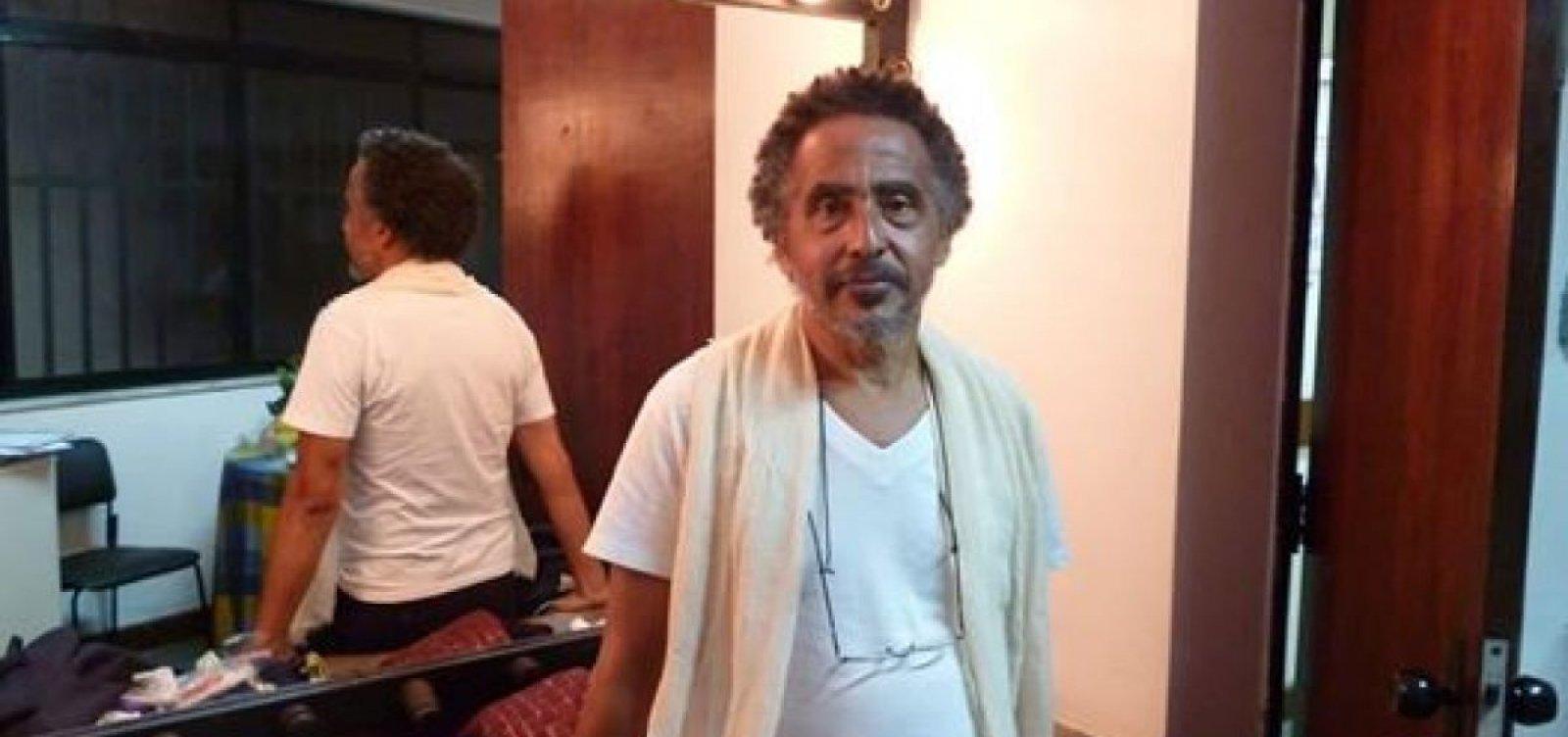 [Artista baiano Paulo Bittenca morre em Salvador, vítima de Covid-19]