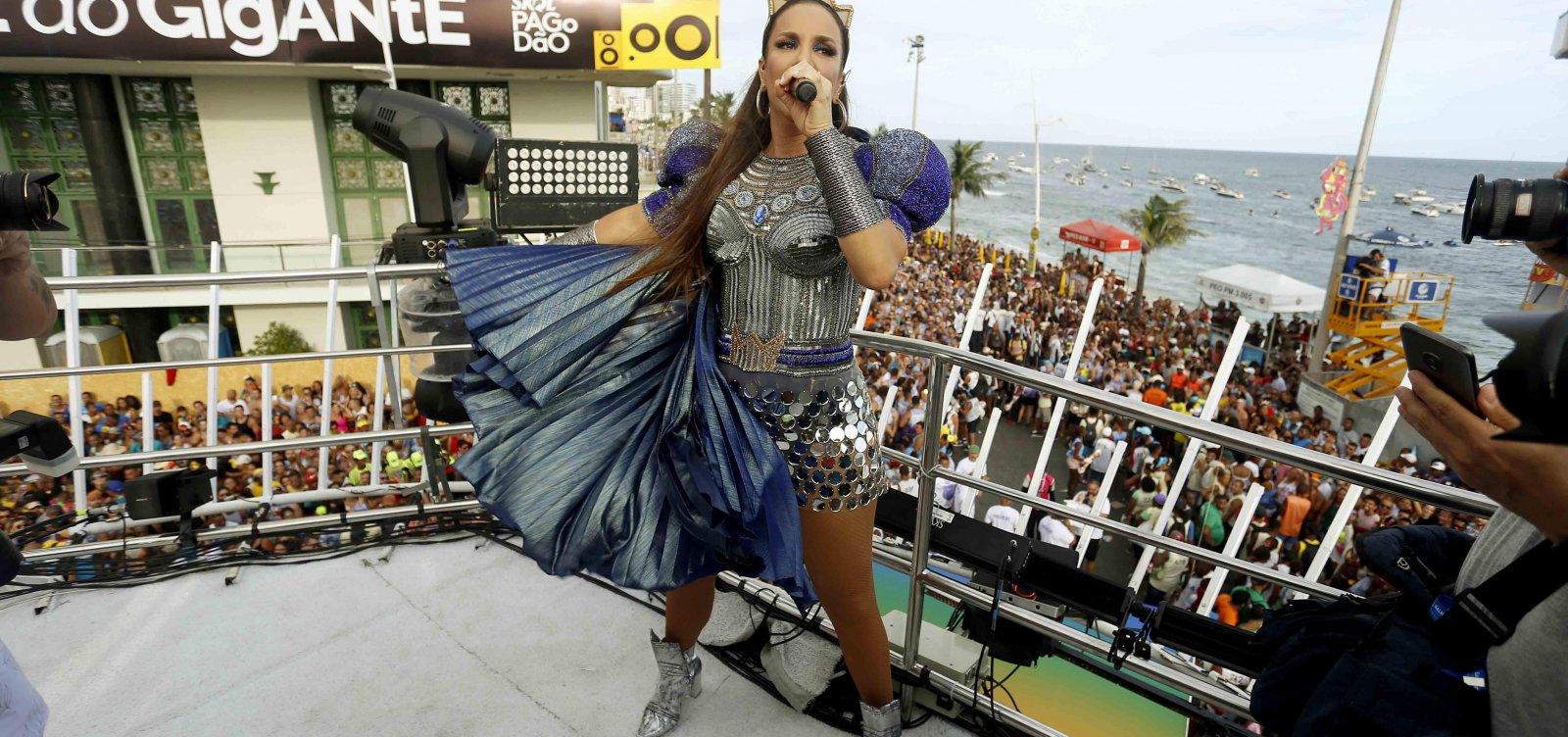 ['Eva' e 'Contatinho' foram as músicas mais tocadas no Carnaval 2020 em todo o país]