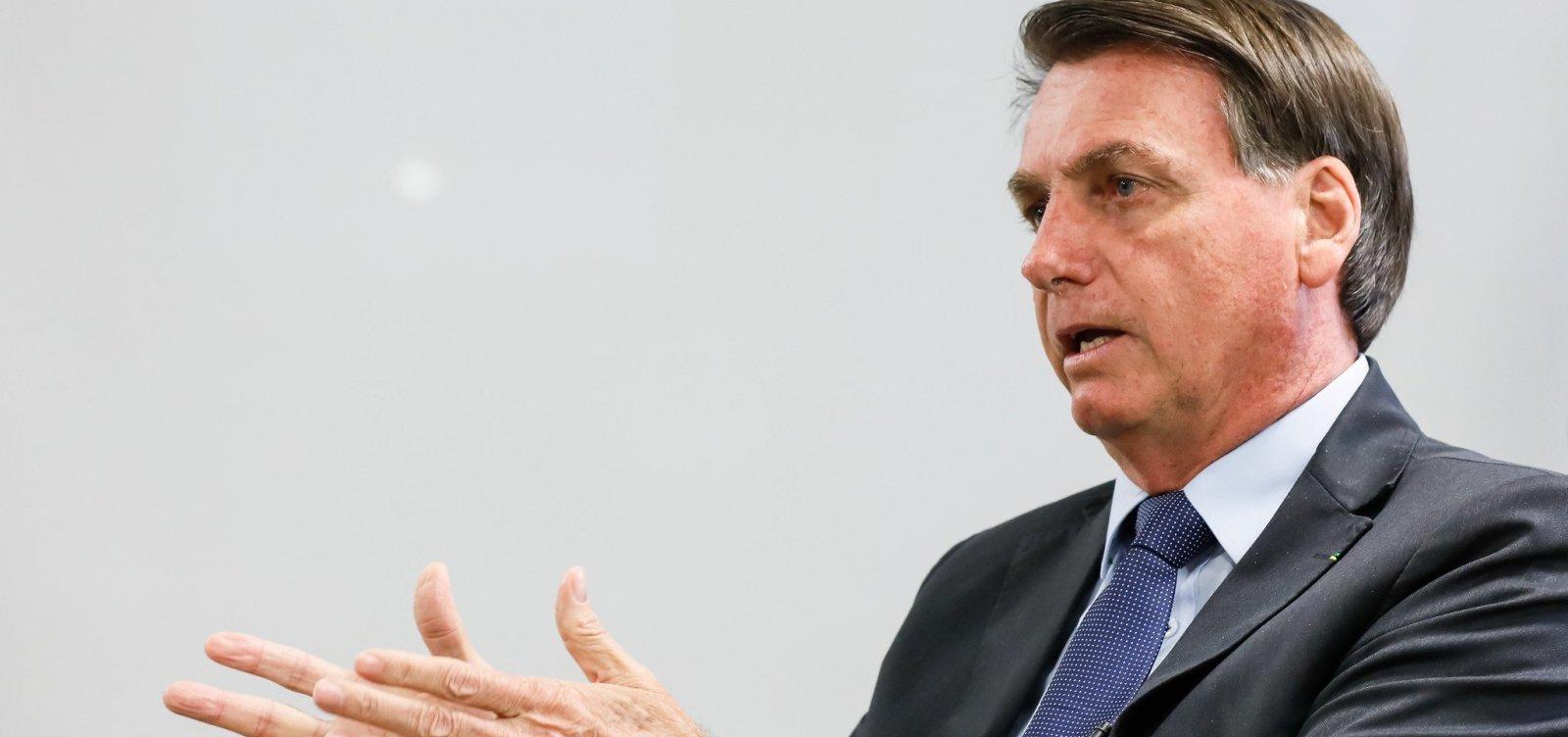 [Bolsonaro diz que Forças Armadas não aceitarão julgamento político para tirar presidente eleito]