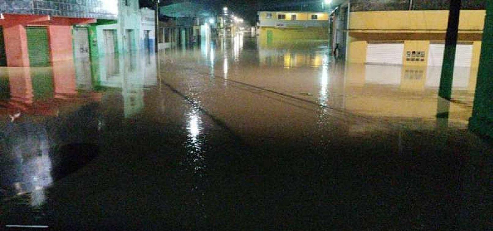 [Rompimento de barragem deixa mais de 1,2 mil desalojados em Pernambuco]
