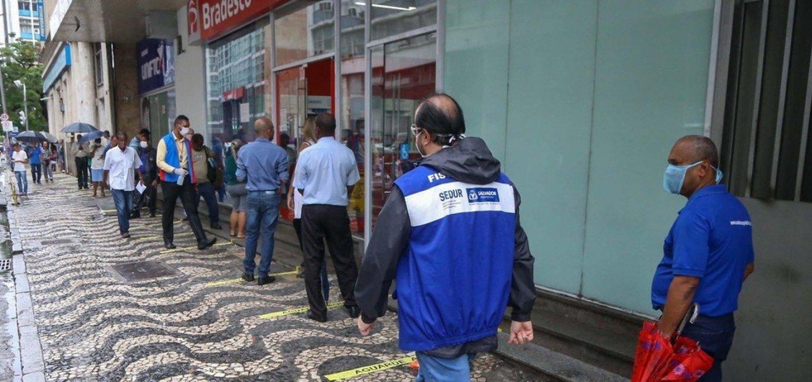 [Bancos e lotéricas de Salvador devem ter monitores de filas a partir desta sexta]
