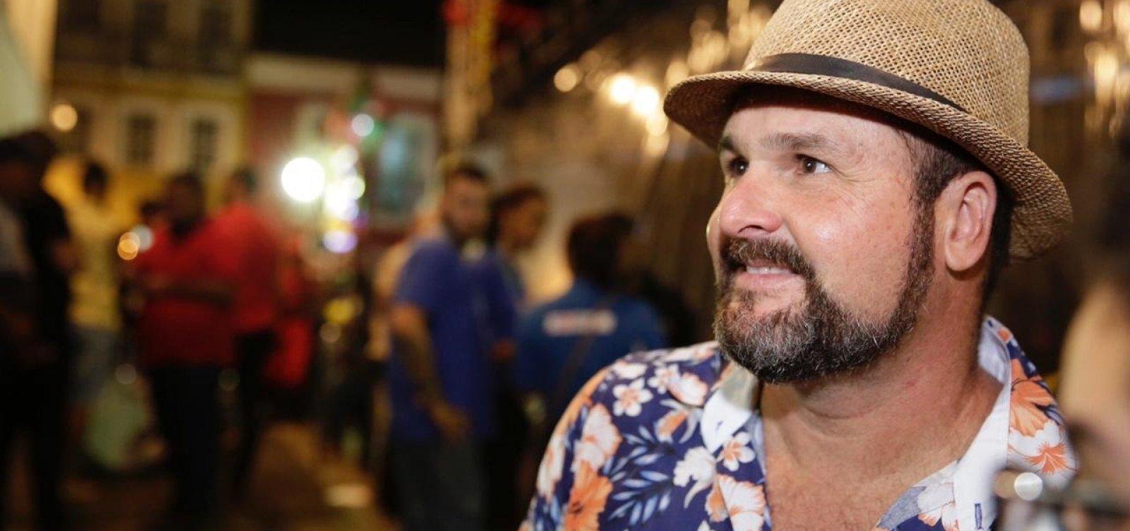 [Banda Estakazero critica escolha por Léo Santana em especial de São João da Globo]
