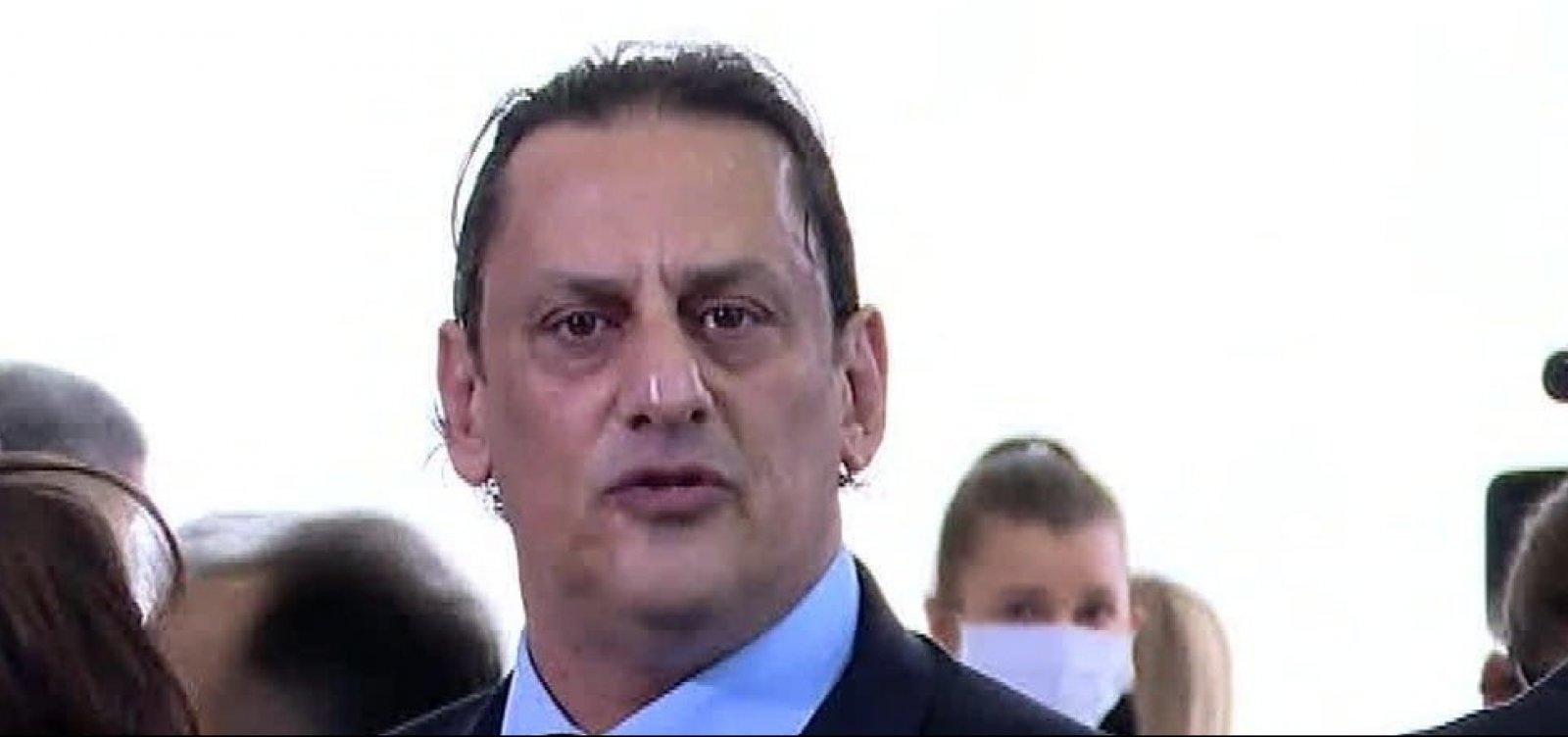 [Wassef afirma que Presidente e Flávio Bolsonaro não sabiam onde estava Queiroz]