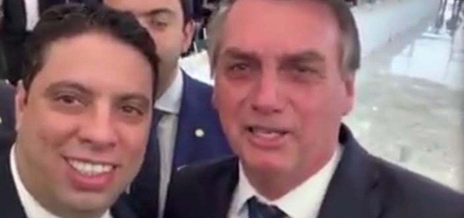 [Relator de processo contra Eduardo grava com Bolsonaro e agradece verba]