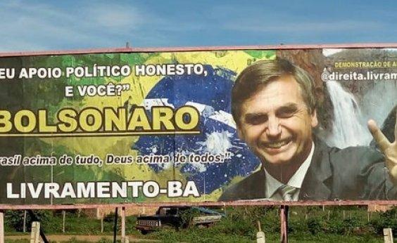 [TSE arquiva ação contra chapa Bolsonaro-Mourão que investigava veiculação irregular de outdoors]