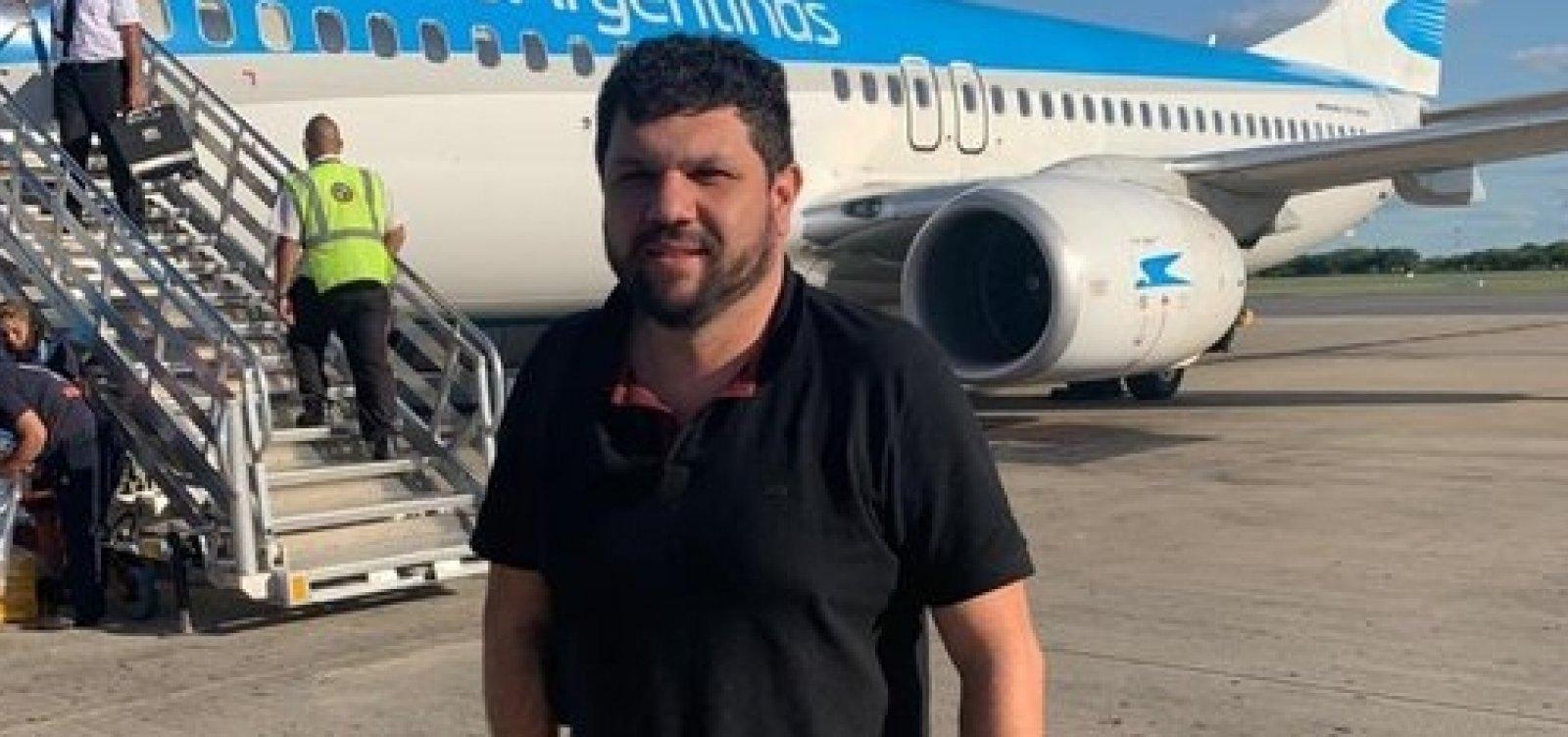[Blogueiro bolsonarista é preso após suspeita de fuga do país]