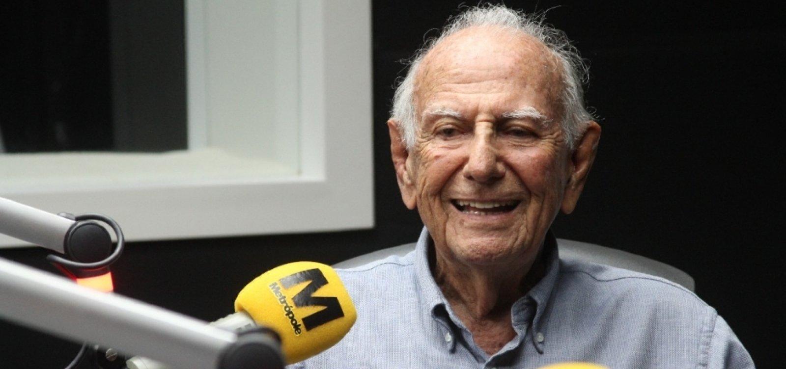 [Ex-deputado Félix Mendonça morre aos 92 anos de Covid-19]
