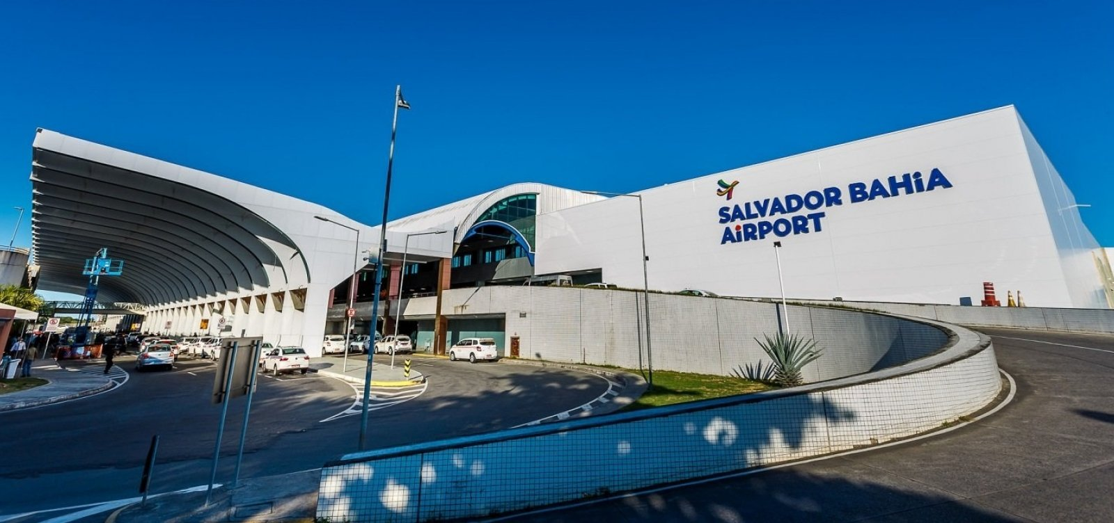 [Em retomada, aeroporto de Salvador terá média de 20 voos domésticos diários a partir de julho]
