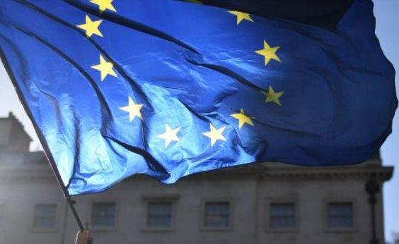 [União Europeia confirma que brasileiros serão barrados após reabertura das fronteiras ]