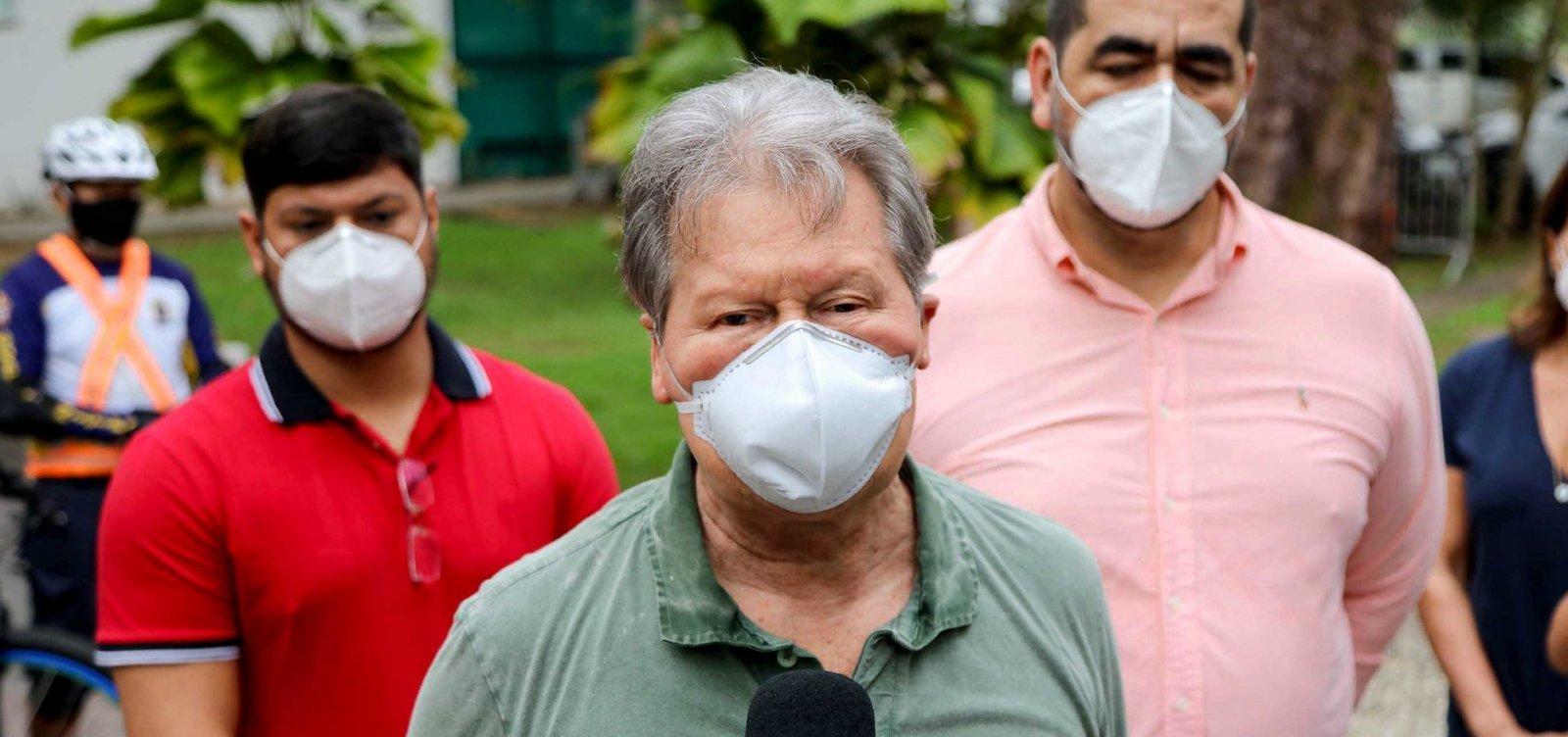 [Aos 72 anos, prefeito de Manaus é internado em UTI com Covid-19]