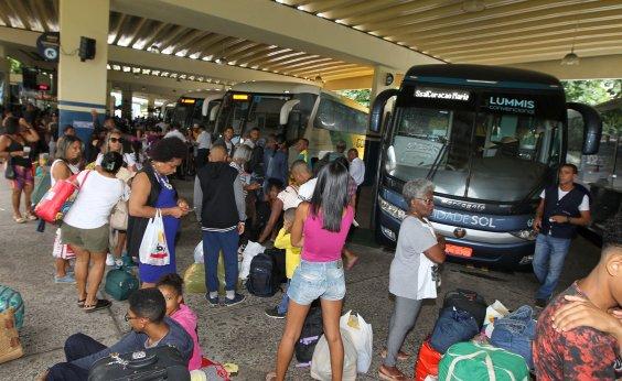 [Mais sete municípios têm transporte suspenso na Bahia; total chega a 348]