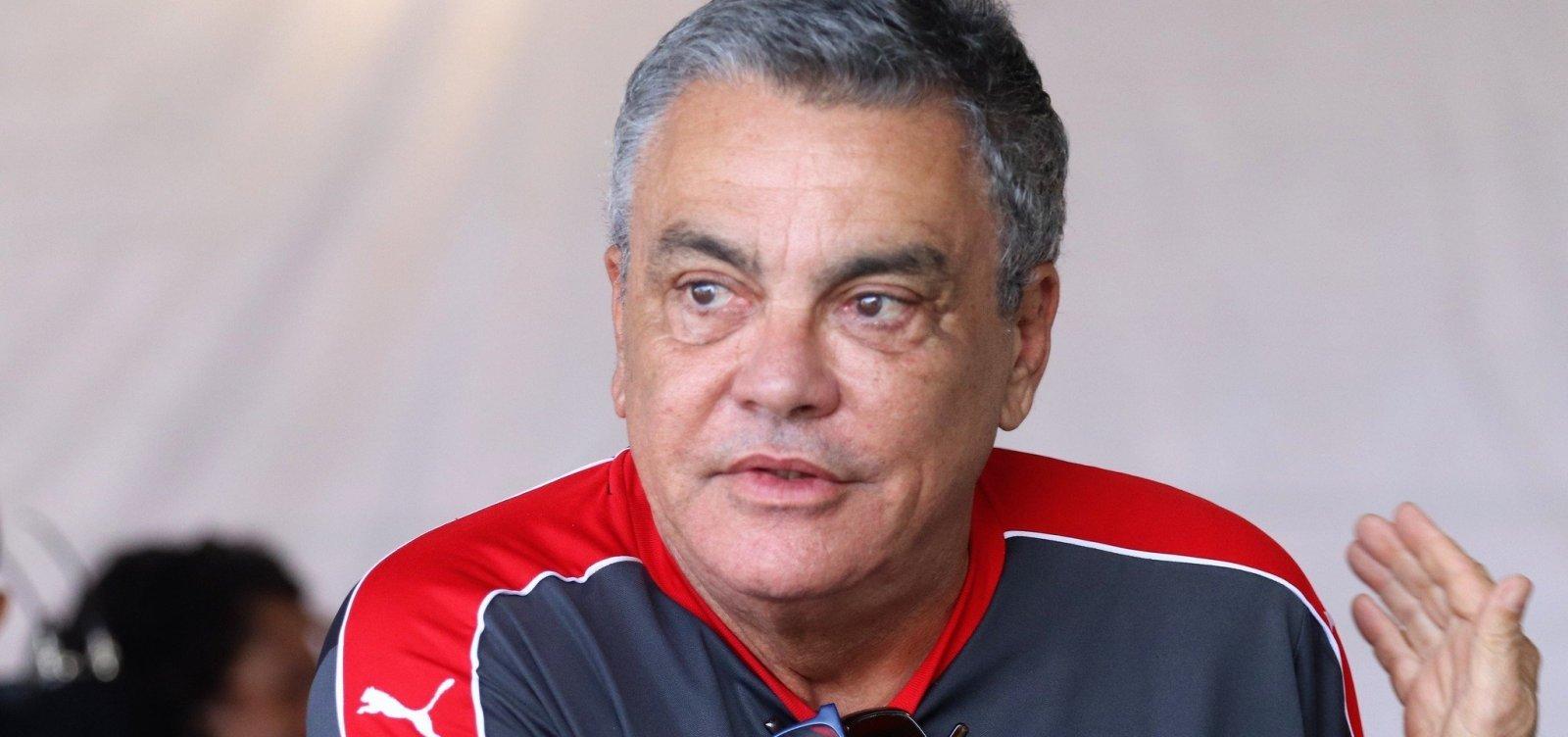 [STJD suspende e multa presidente do Vitória por ataques a árbitro]